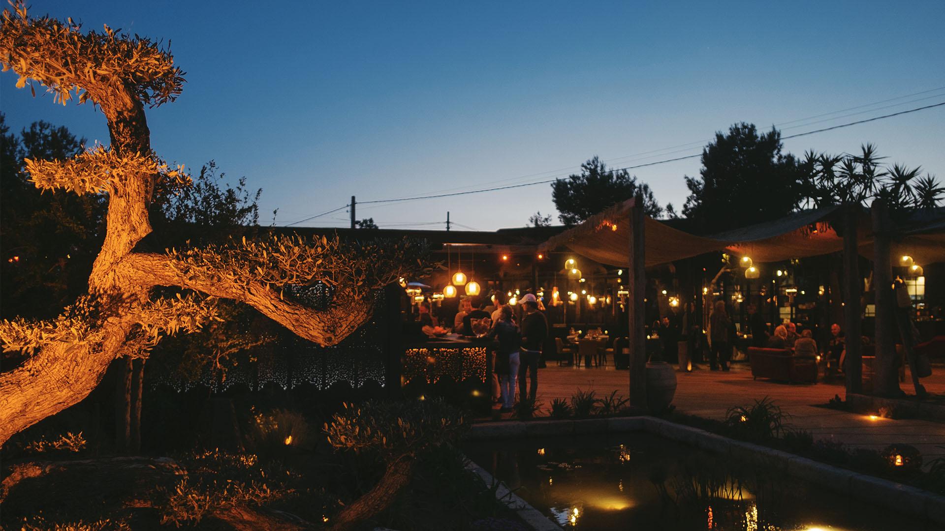 juls ibiza restaurant
